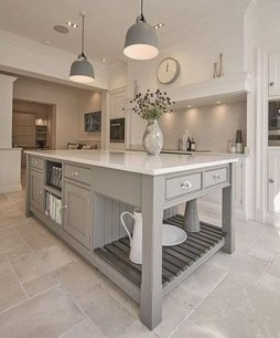 Totally Outstanding Traditional Kitchen Decoration Ideas 156