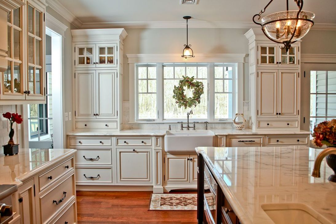 Totally Outstanding Traditional Kitchen Decoration Ideas 27