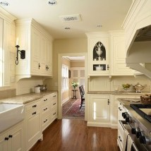 Totally Outstanding Traditional Kitchen Decoration Ideas 66
