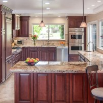 Totally Outstanding Traditional Kitchen Decoration Ideas 70