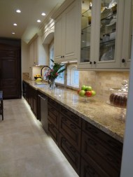 Totally Outstanding Traditional Kitchen Decoration Ideas 88