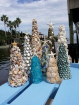 37 Relaxed Beach Themed Christmas Decoration Ideas 29