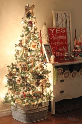 37 Totally Beautiful Vintage Christmas Tree Decoration Ideas 26