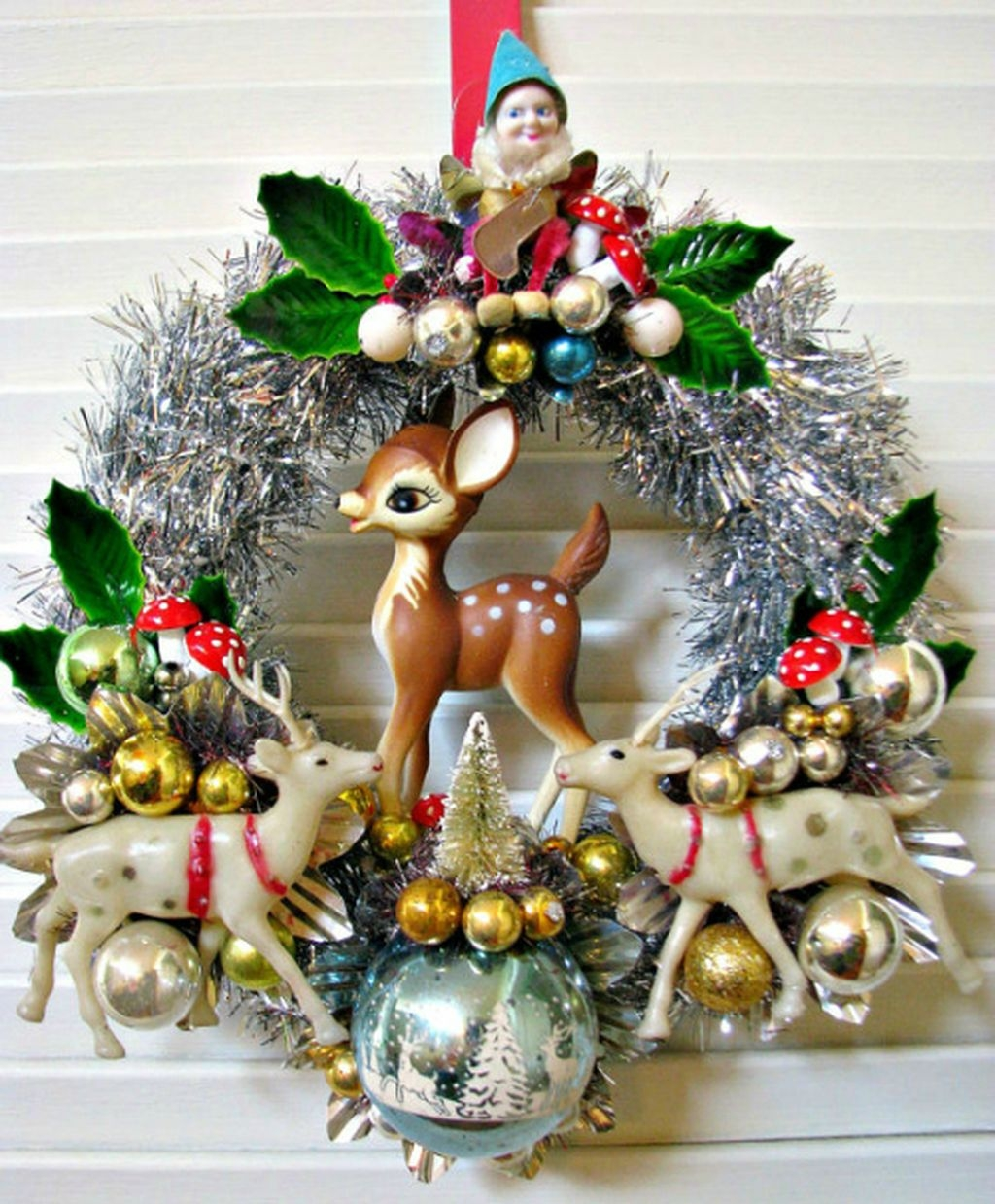 37 Totally Beautiful Vintage Christmas Tree Decoration Ideas 28