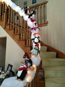 38 Cool And Fun Christmas Stairs Decoration Ideas 02