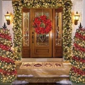 38 Stunning Christmas Front Door Decoration Ideas 03