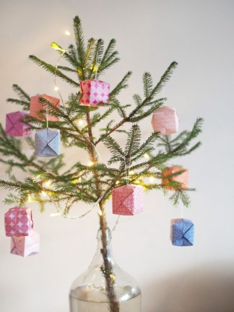 40 Amazing Ideas How To Use Jingle Bells For Christmas Decoration 11