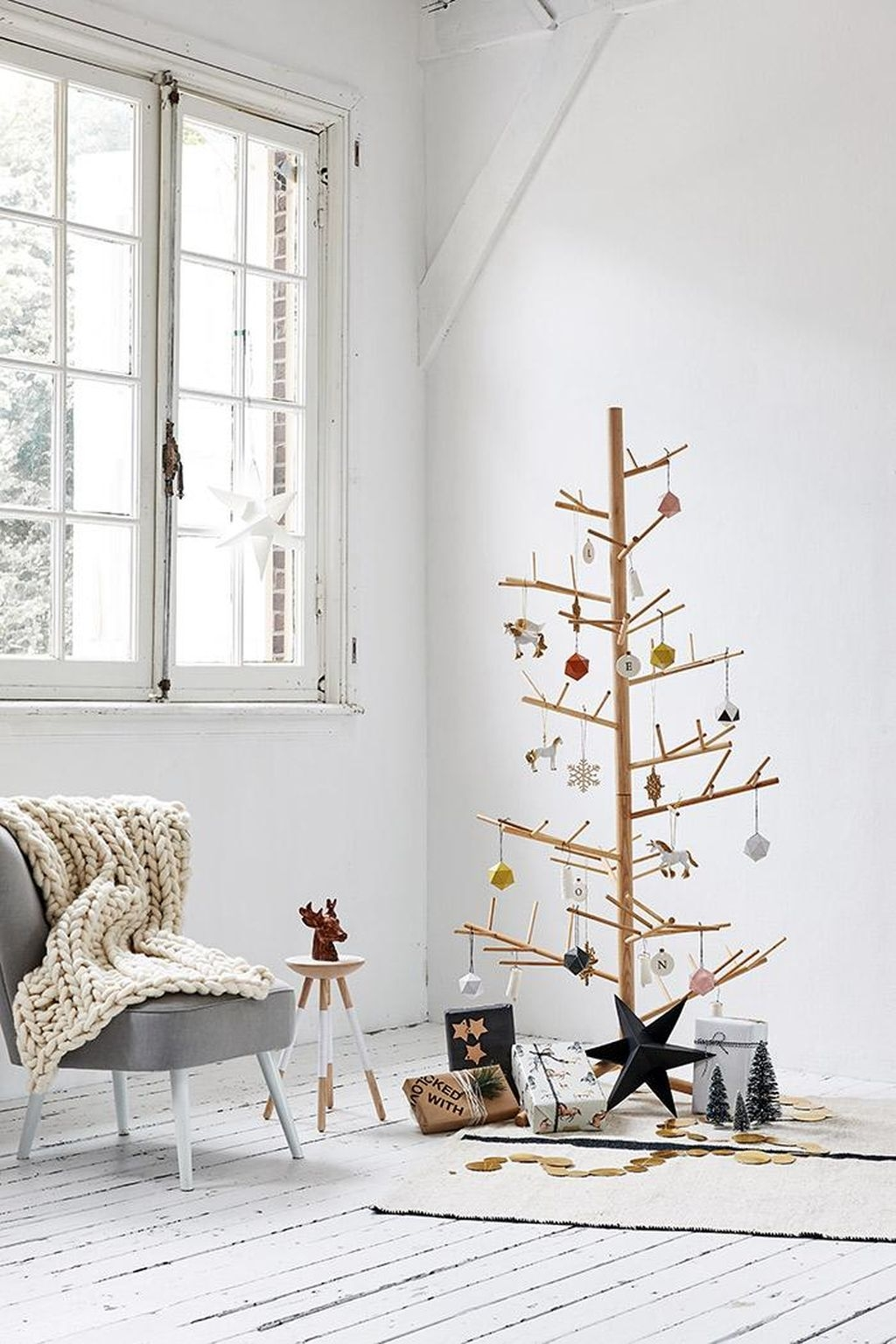 40 Amazing Ideas How To Use Jingle Bells For Christmas Decoration 36