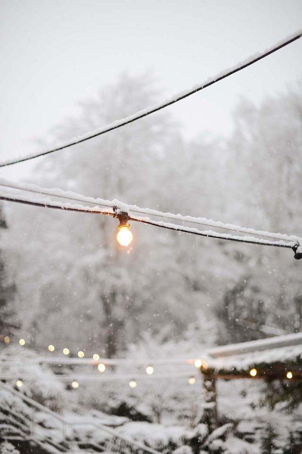 40 Awesome Scandinavian Christmas Decoration Ideas 03