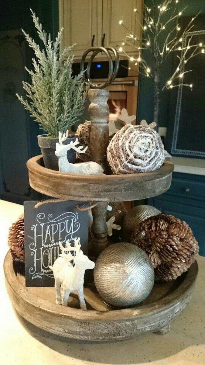 40 Awesome Scandinavian Christmas Decoration Ideas 14