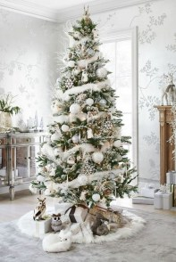 40 Awesome Scandinavian Christmas Decoration Ideas 31