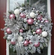 40 Ezciting Silver And White Christmas Tree Decoration Ideas 21