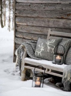 Beautiful Rustic Outdoor Christmas Decoration Ideas 13