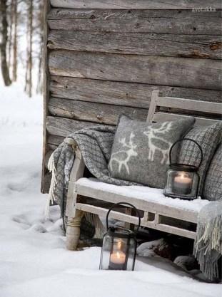 Beautiful Rustic Outdoor Christmas Decoration Ideas 13