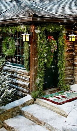 Beautiful Rustic Outdoor Christmas Decoration Ideas 25