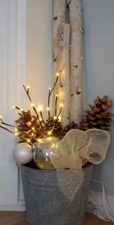 Beautiful Rustic Outdoor Christmas Decoration Ideas 27