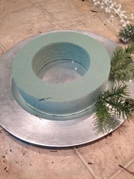 Brilliant DIY Christmas Centerpieces Ideas You Should Try 12