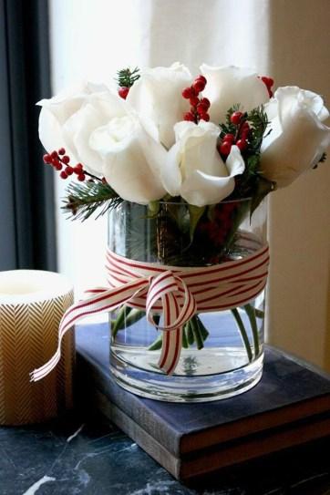 Brilliant DIY Christmas Centerpieces Ideas You Should Try 19