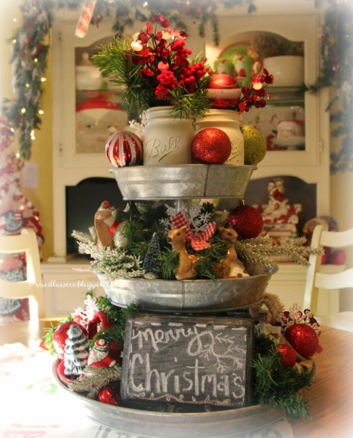 Brilliant DIY Christmas Centerpieces Ideas You Should Try 25