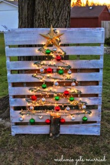 Cheap And Affordable Christmas Decoration Ideas 24