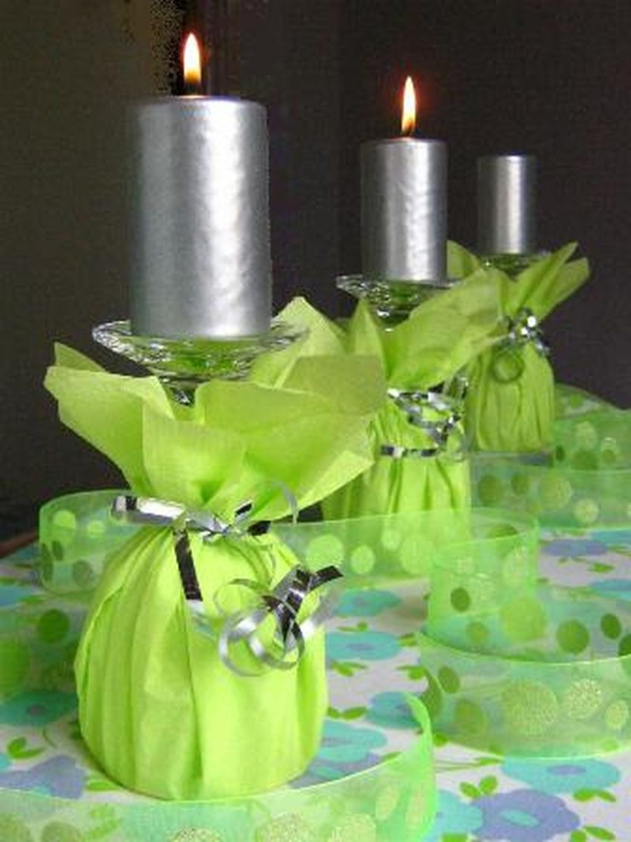 Cheap And Easy Christmas Centerpieces Ideas 11