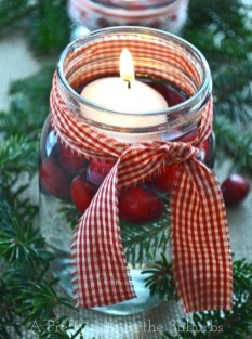Cheap And Easy Christmas Centerpieces Ideas 25