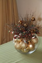 Cheap And Easy Christmas Centerpieces Ideas 27
