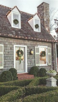 Cozy Christmas House Decoration 12