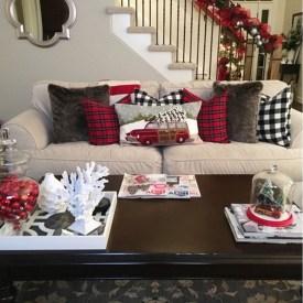 Cozy Christmas House Decoration 40