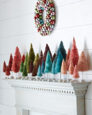 Cute And Colorful Christmas Tree Decoration Ideas To Freshen Up Your Home 04