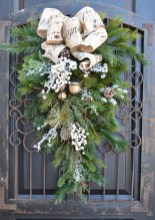 Elegant Rustic Christmas Decoration Ideas That Stands Out 01