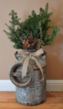 Elegant Rustic Christmas Decoration Ideas That Stands Out 16