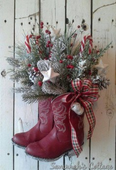 Elegant Rustic Christmas Wreaths Decoration Ideas To Celebrate Your Holiday 31