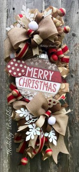 Elegant Rustic Christmas Wreaths Decoration Ideas To Celebrate Your Holiday 32