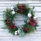 Elegant Rustic Christmas Wreaths Decoration Ideas To Celebrate Your Holiday 36
