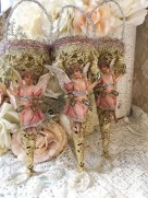Gorgeous Pink And Gold Christmas Decoration Ideas 19