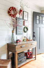 Inspiring Christmas Decoration Ideas For Your Apartment 16