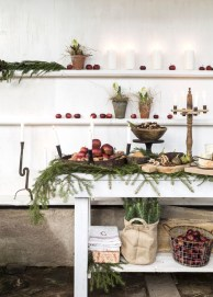 Inspiring Christmas Decoration Ideas For Your Apartment 43