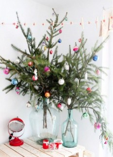 Inspiring Home Decoration Ideas With Small Christmas Tree 02