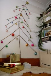 Inspiring Home Decoration Ideas With Small Christmas Tree 23