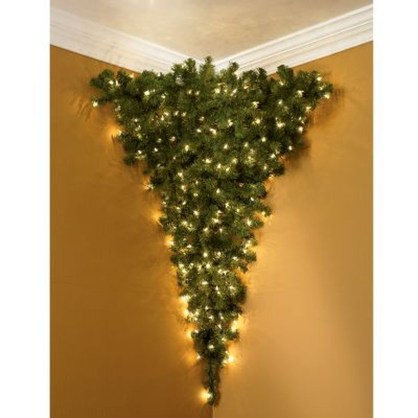Inspiring Home Decoration Ideas With Small Christmas Tree 29