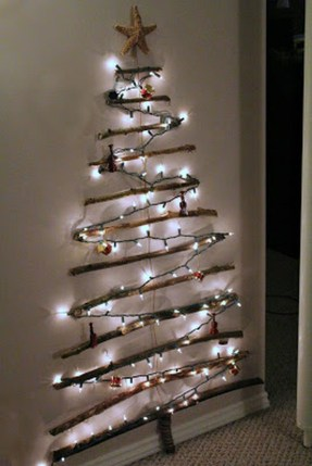 Inspiring Home Decoration Ideas With Small Christmas Tree 42