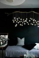 Simple Christmas Bedroom Decoration Ideas 35