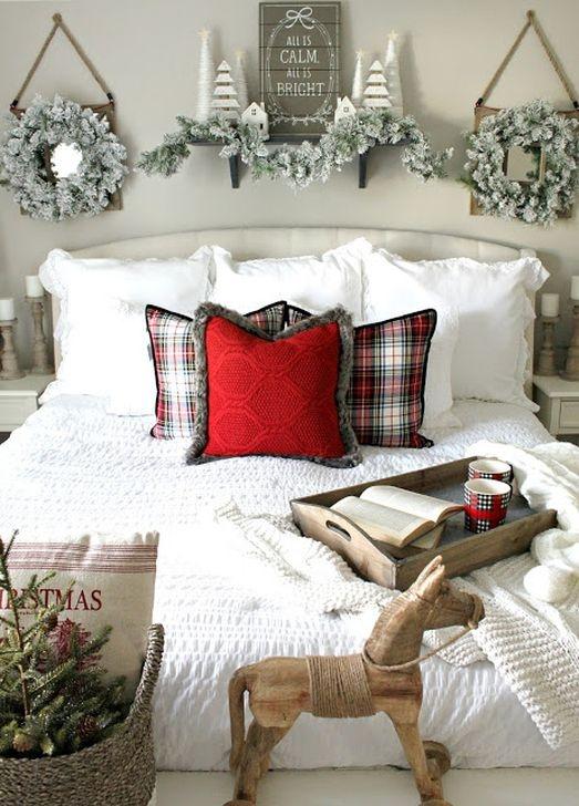 Simple Christmas Bedroom Decoration Ideas 38