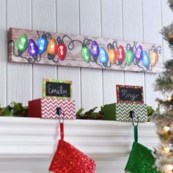 Totally Inspiring Christmas Lighting Ideas You Should Try For Your Home 07