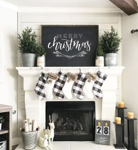 Totally Inspiring Farmhouse Christmas Decoration Ideas To Makes Your Home Stands Out 02