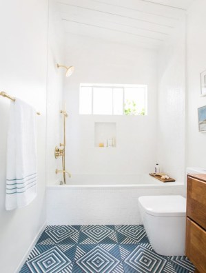 36 Cool Blue Bathroom Design Ideas 16