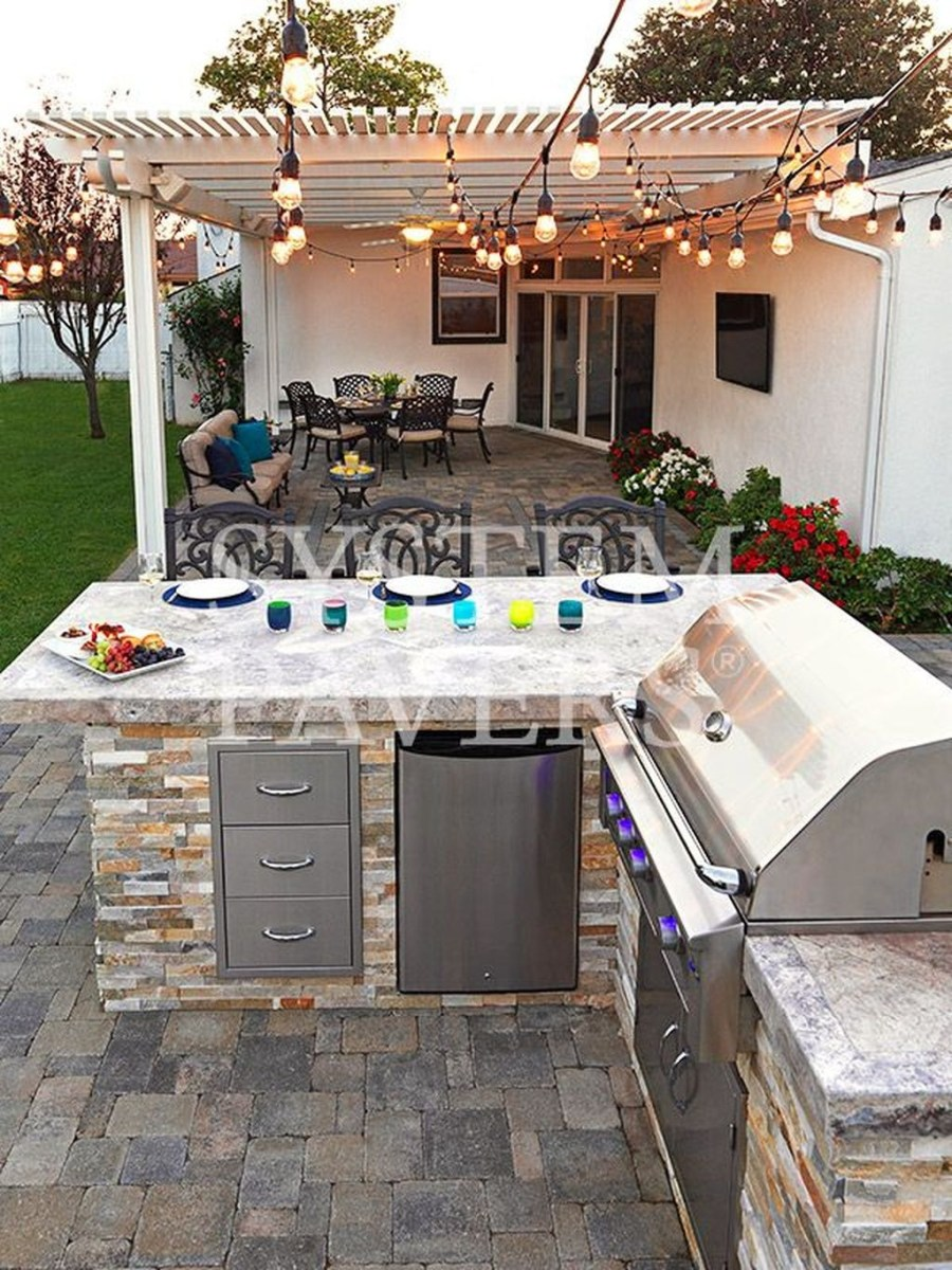 38 Cool Outdoor Kitchen Design Ideas 19