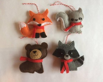 39 Brilliant Ideas How To Use Felt Ornaments For Christmas Tree Decoration 16