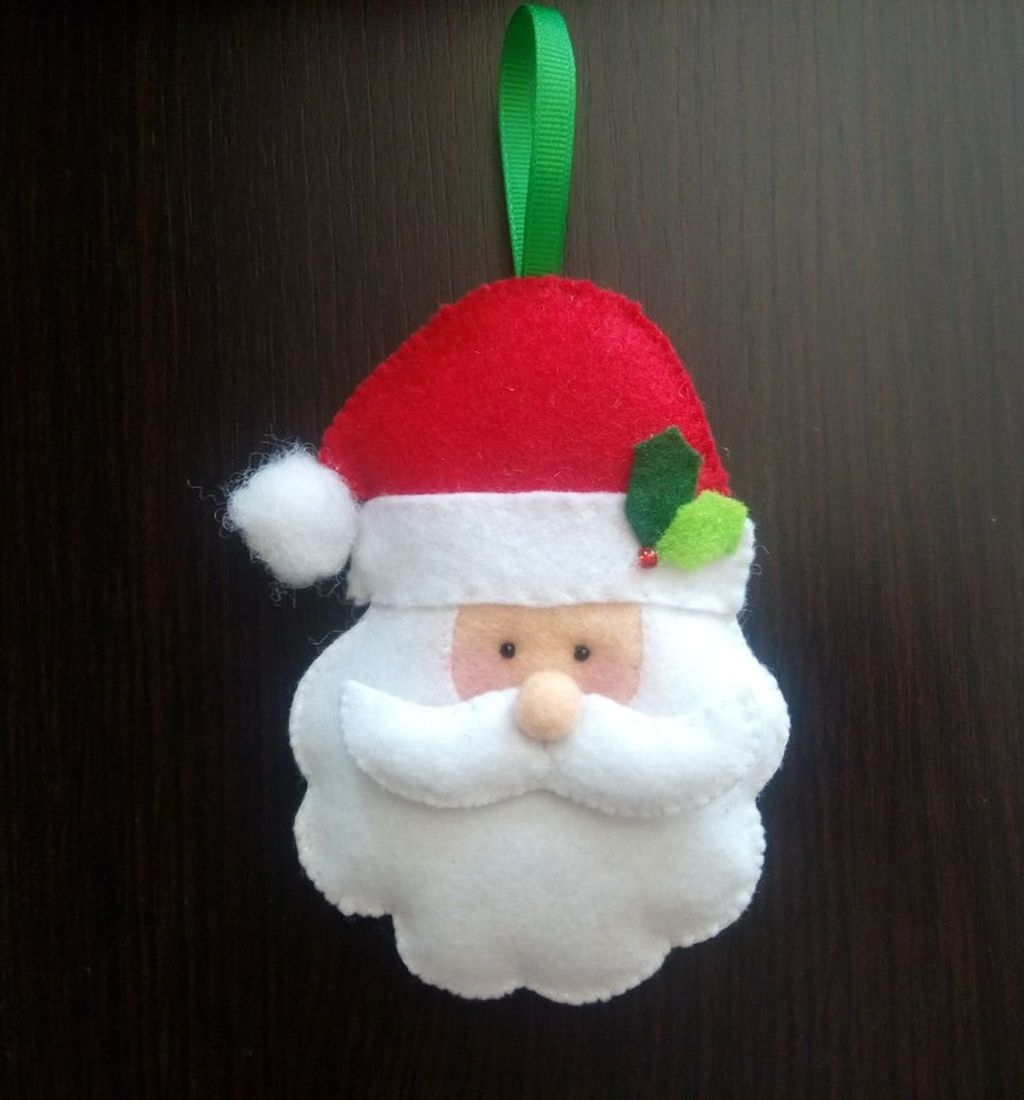 39 Brilliant Ideas How To Use Felt Ornaments For Christmas Tree Decoration 23